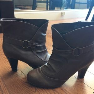 Brown booties! Like new, hardly worn!